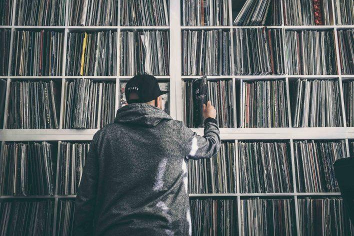 01 DJ Desue